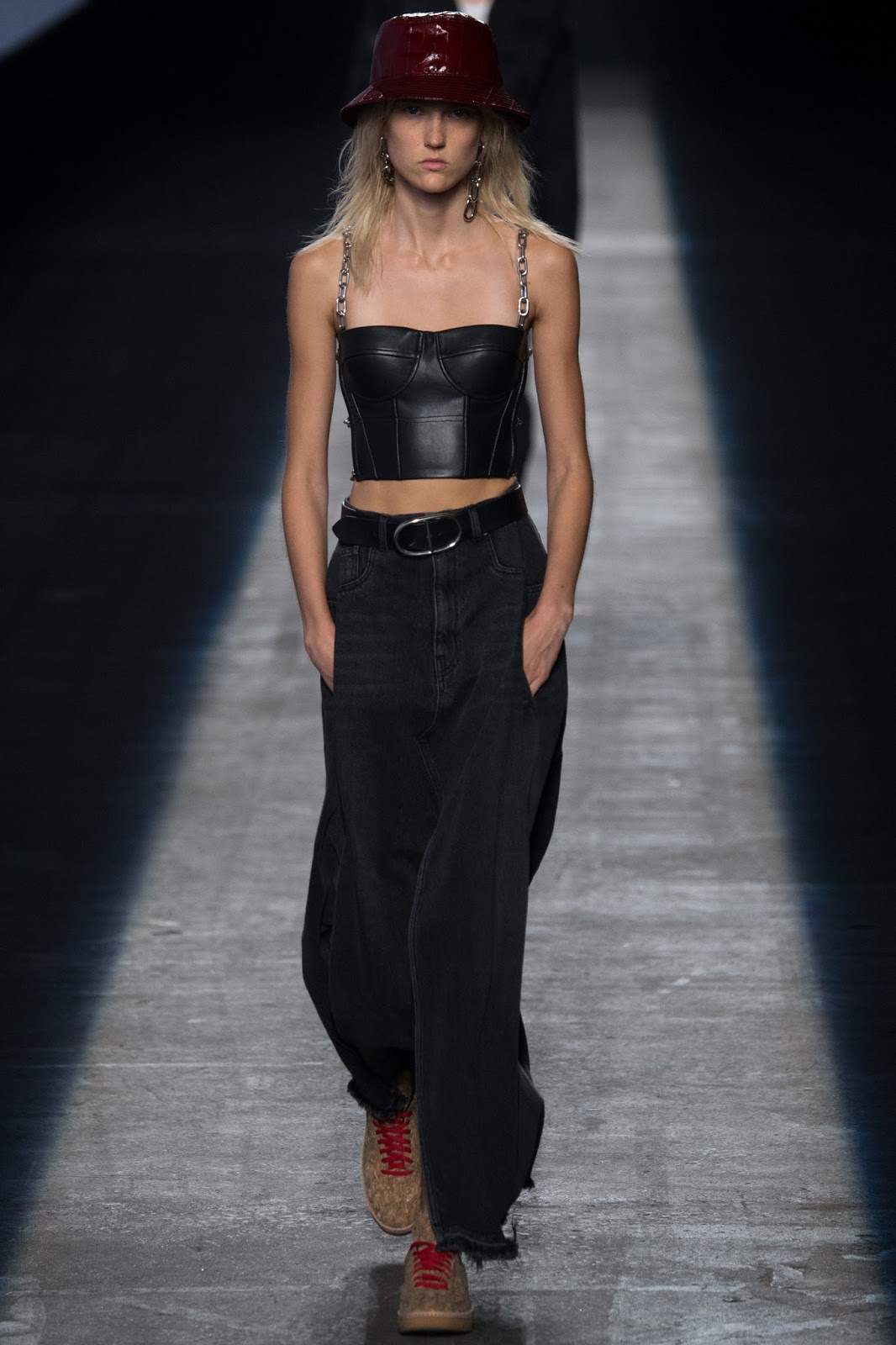 NYFW, new york fashion week, bucket hat chain link leather bustier