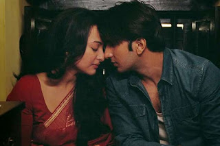 Ranveer Singh as Varun Shrivastav, Sonakshi Sinha as Pakhi, romantic intimate scene, prelude to a kiss, Lootera, Directed by Vikramaditya Motwane
