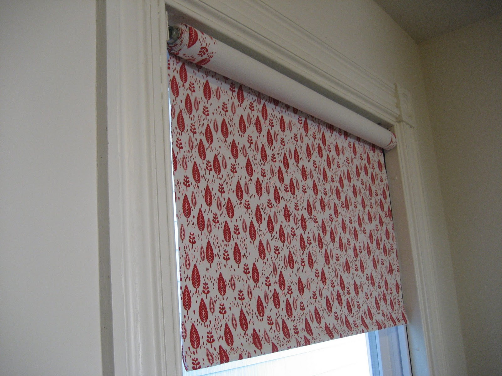 Fabric Roller Shades : Kate makes a fabric covered roller shade