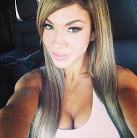 selfie de Rosa mendes en instagram para todos sus fanáticos, famosa modelo se toma selfie y la sube a instagram