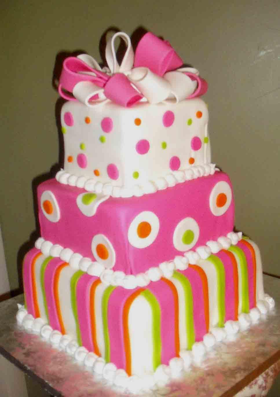 Crazy Daisy Cakes & More