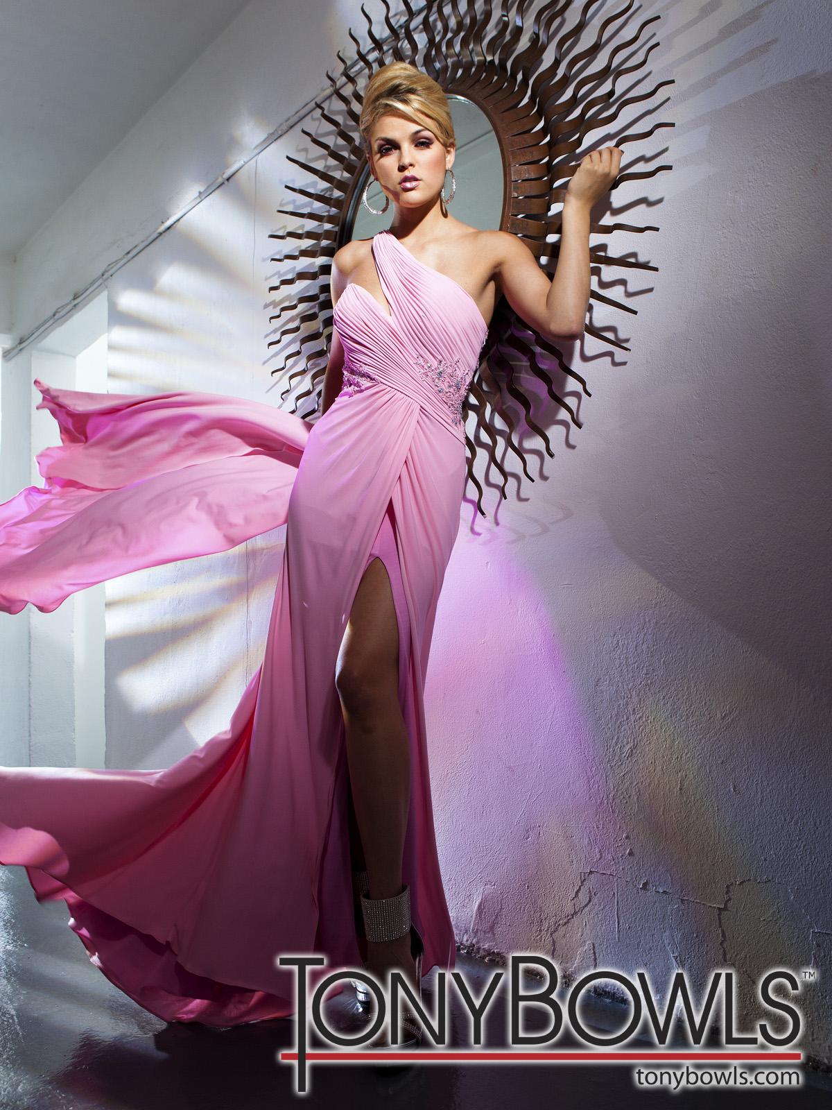 Perfecto Vestidos De Fiesta Tony Adorno - Ideas de Vestidos de Boda ...