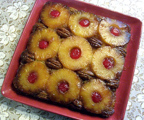 Whole Pineapple Upside Down Cake