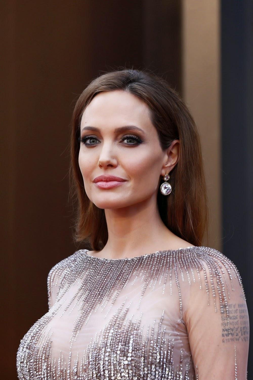 Angelina Jolie movieloversreviews.filminspector.com