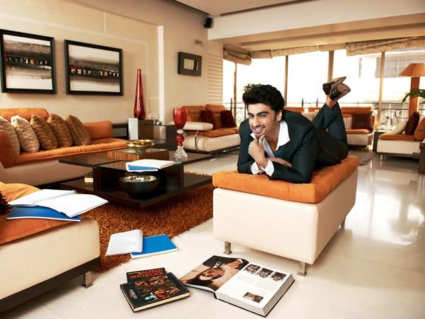 bollywood actor arjun kapoor house pics mere pix