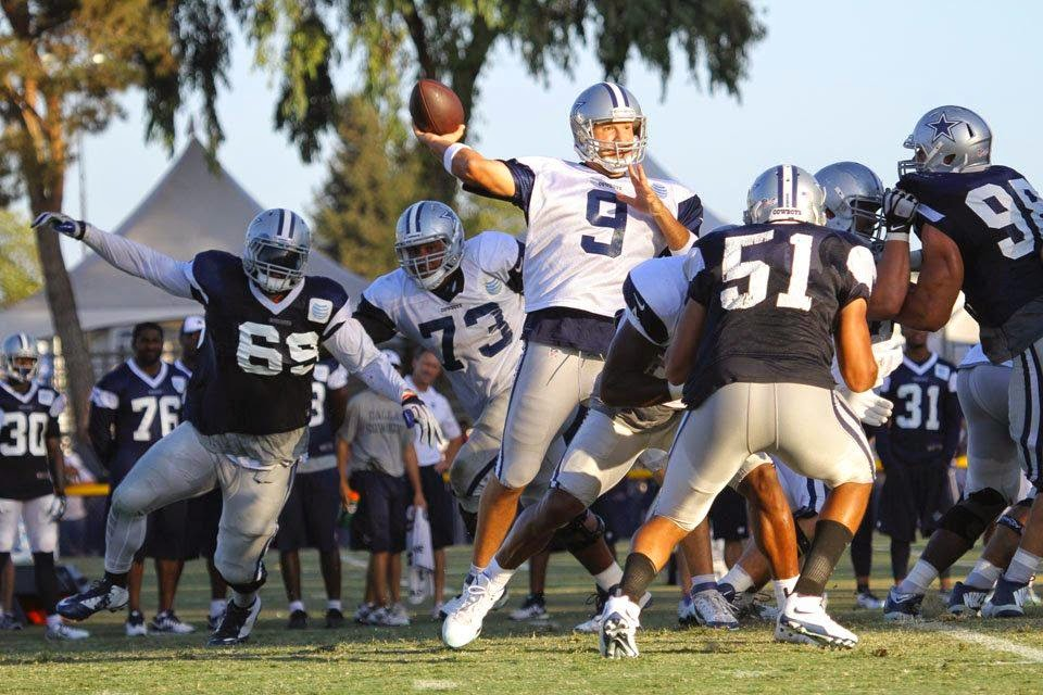 Tony Romo Training Camps Dallas Cowboys