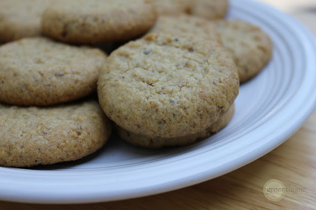walnut black pepper cookies