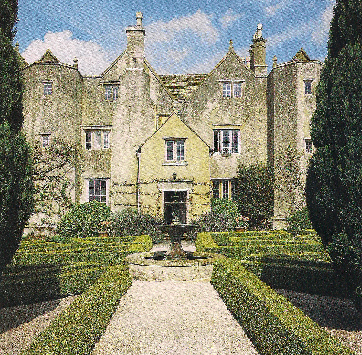Manor House: The Devoted Classicist: The Messels At Bradley Court