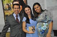 Cantora Francielle Miranda