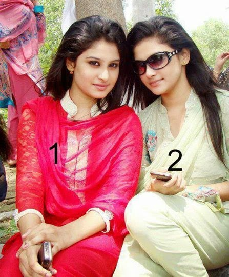 Stylish Hot And Tight Pakistani Girls