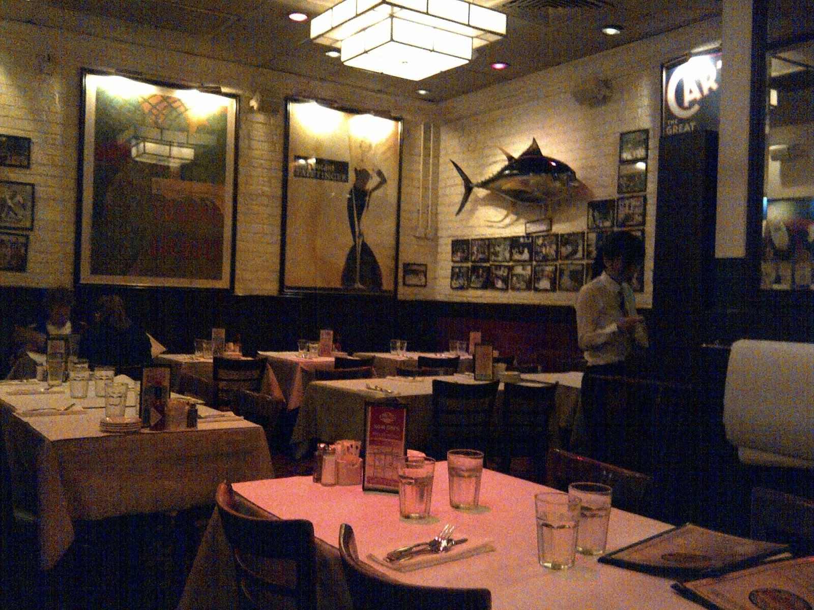 Interiors Were Quite Interesting, With Plenty Of Memorabilia Adorning The  Walls, The Restaurant Motif Being Chicago Restaurant Cum Sports Bar.