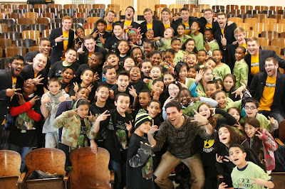 Elementary School Chorus in PS22, SI Performs at Academy Awards ...