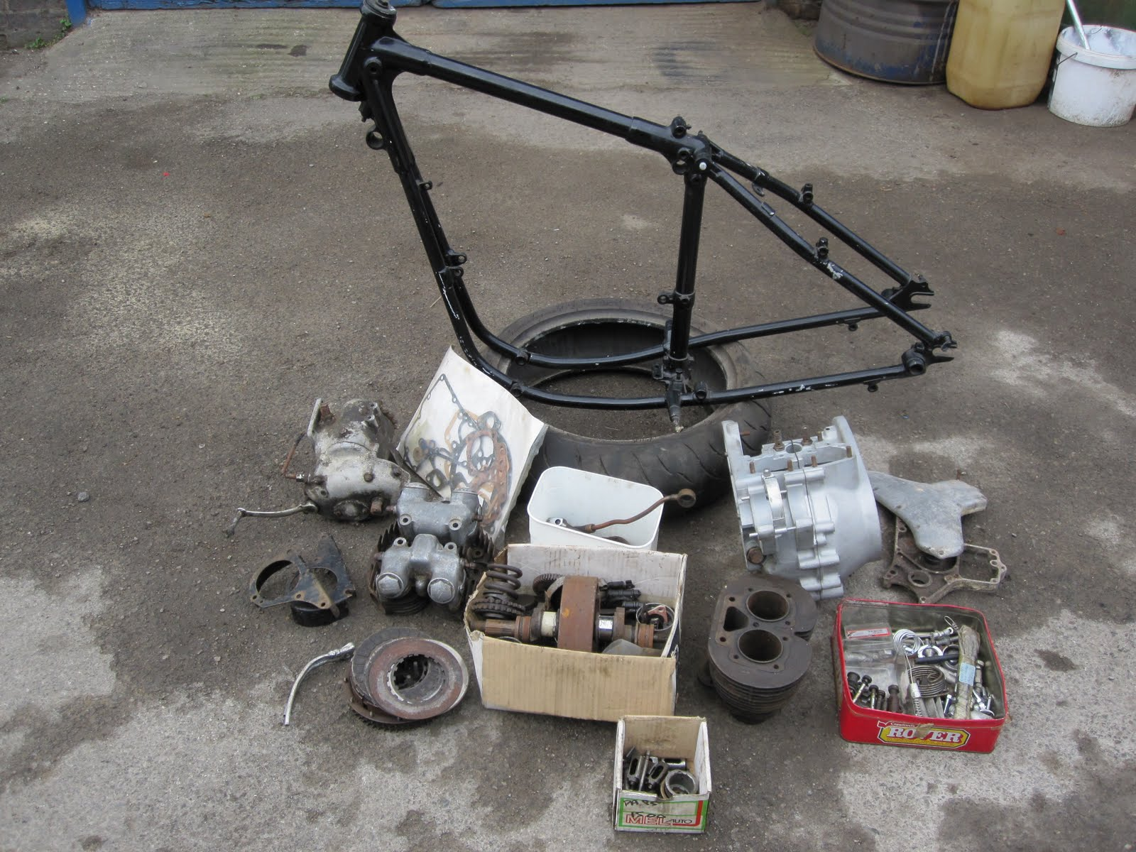 ATE the RICH UK: RIGID A7 BOBBER PROJECT FOR SALE