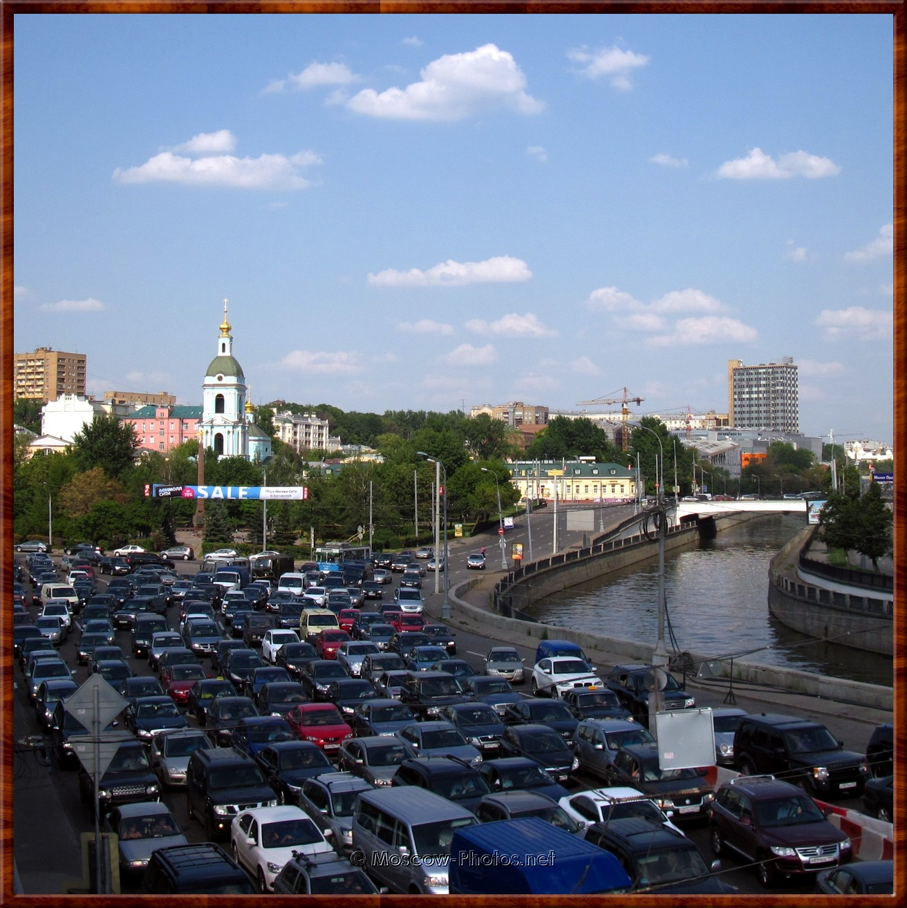 Hard summer traffic in Moscow