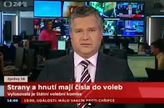 presentador de noticias con un pene en la cabeza