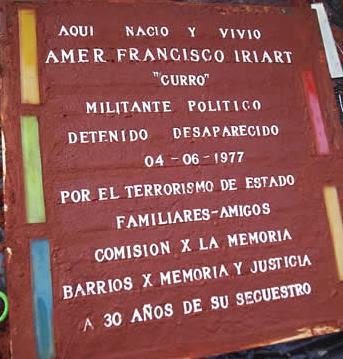 "Baldosa por la Memoria de ""Curro"" Iriart"