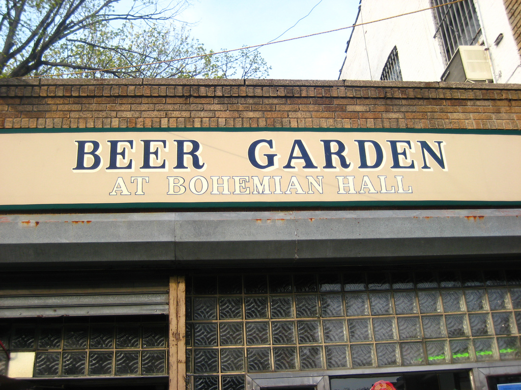 The Nyc Big Adventure Best Outdoor Drinking In New York City In Spring It Is Definitely The