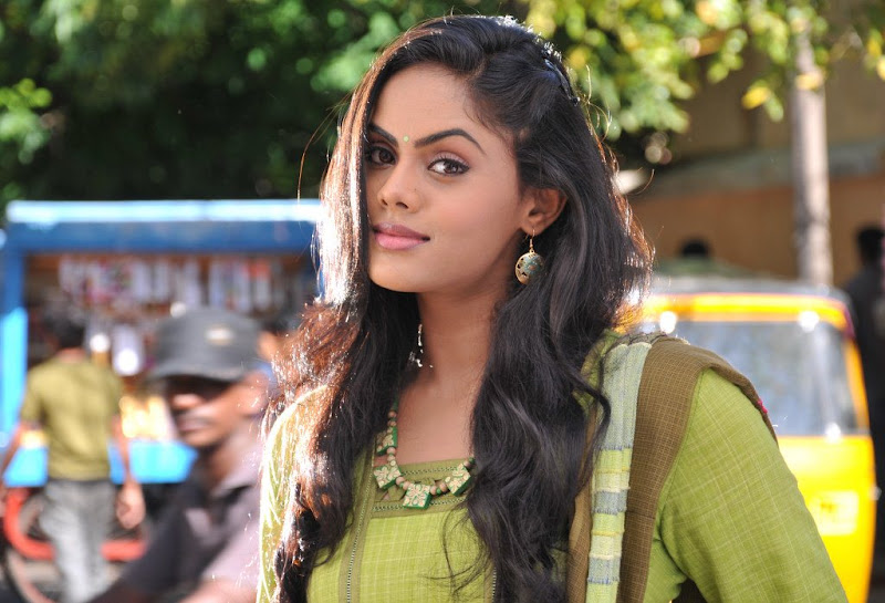 Karthika Latest Stills cleavage