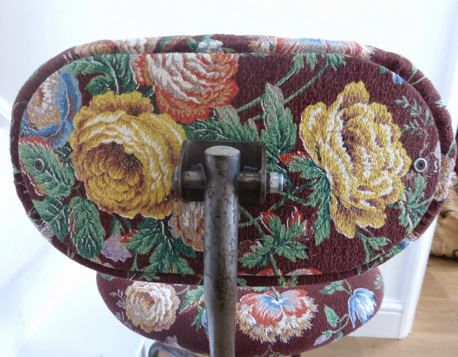 brown barkcloth upholstery fabric with roses
