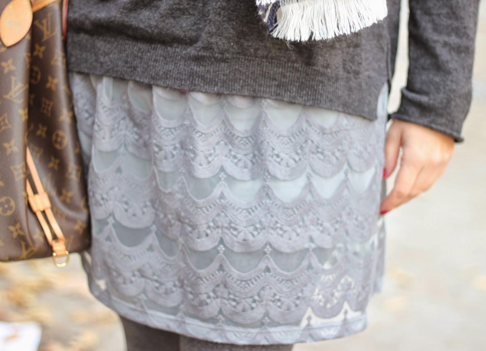 photo-look-street_style-jersey-ese_o_ese-falda_encaje-zara_kids