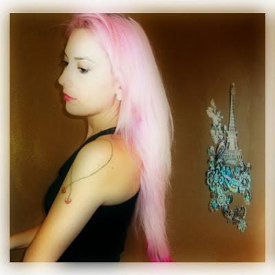 cabelo rosa pastel