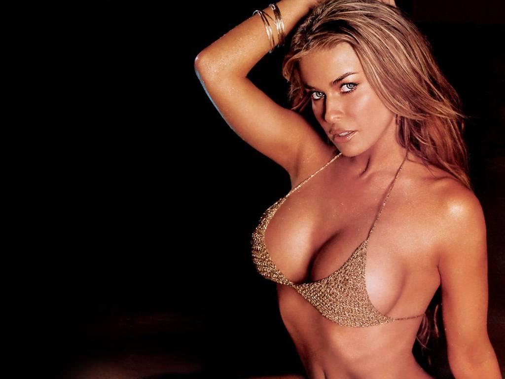 http://4.bp.blogspot.com/-gv1Pnll5CHU/TePljTV_U4I/AAAAAAAAAGI/YlIBAiXud9s/s1600/Carmen+Electra+%252822%2529.jpg