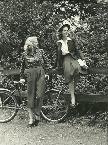 1940s Everyday Fashion #1940s #vintage #fashion #style #plaid