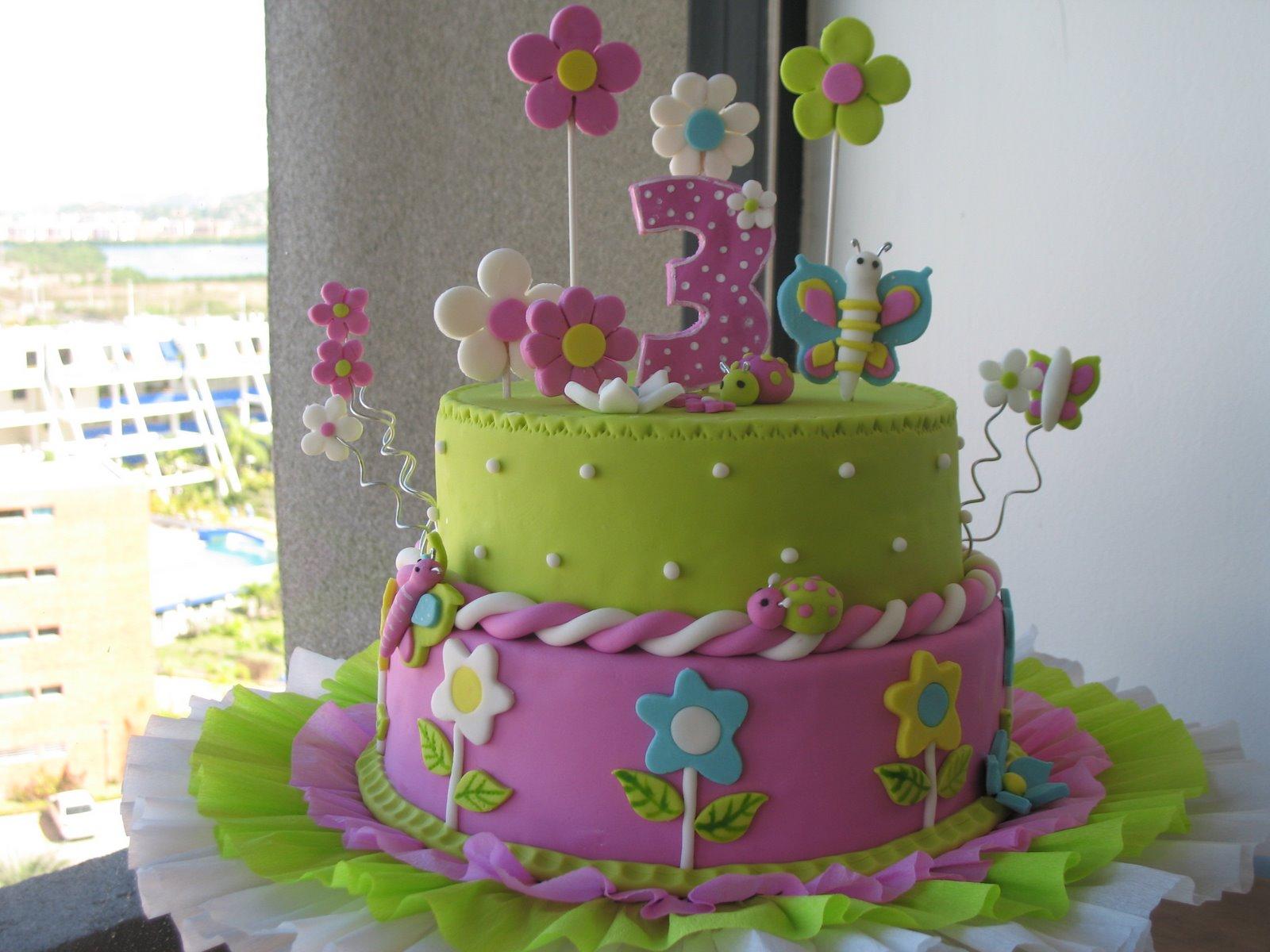 Tortas infantiles de flores y mariposa - Imagui