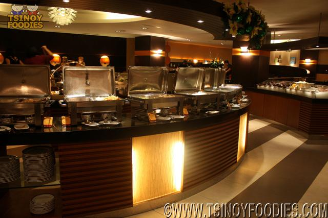 latitude traders hotel buffet