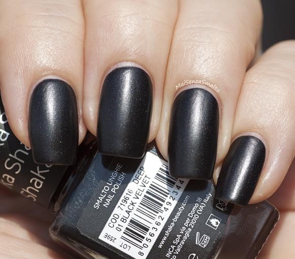 Shaka Deep 01 Black Velvet