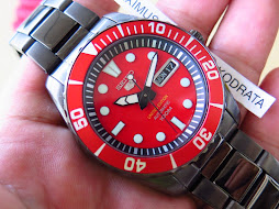 SEIKO 5 SRP501 RED DIAL AND BEZEL - SS BLACK CASE - LIMITED EDITION 0830-1350 - AUTOMATIC 4R36