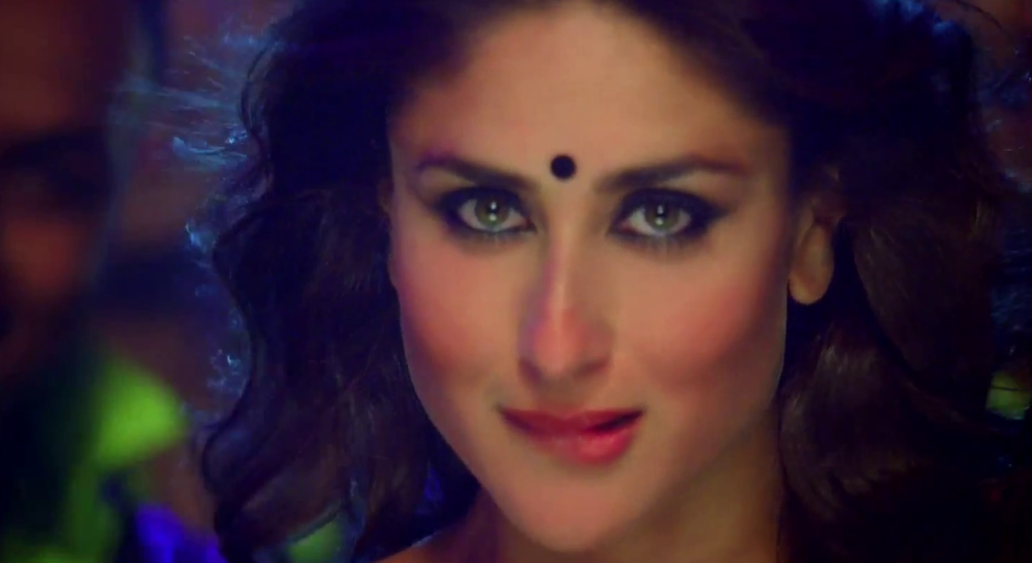 movie lobby: heroine movie halkat jawani song kareena kapoor's hot