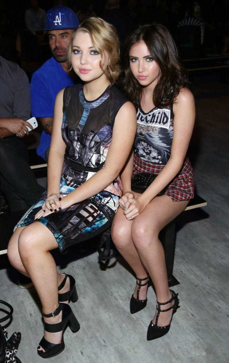 سامي هانراتي و ريان نيومان خلال حضور عرض أزياء في مدينة نيويورك