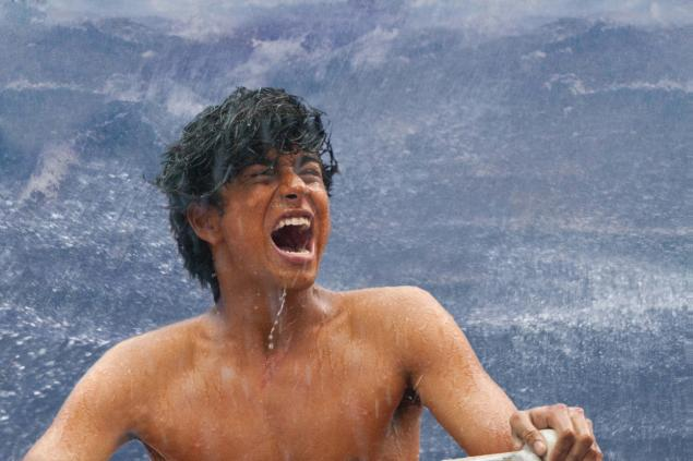 Life of pi 2012 ang lee 39 s visually stimulating tale of for Life of pi patel