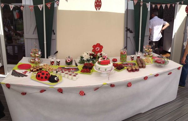 sweet table anniversaire coccinelle