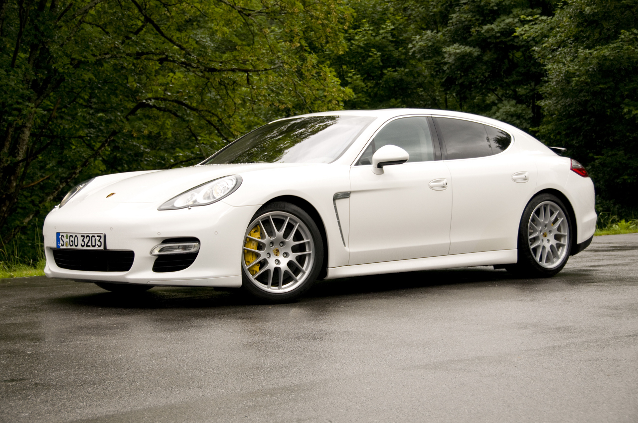 car technology wallpaper porsche panamera 4s. Black Bedroom Furniture Sets. Home Design Ideas