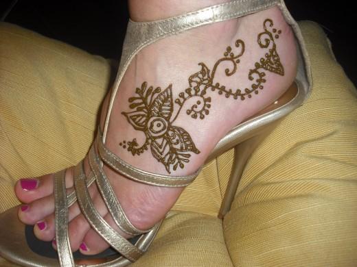 Mehndi Ankle Images : Latest mehndi design for hands.: dulhan