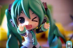 VOCALOID Miku Hatsune Figure