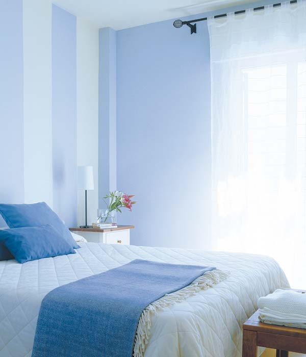 Casa studio julho 2012 - Habitaciones con papel pintado y pintura ...