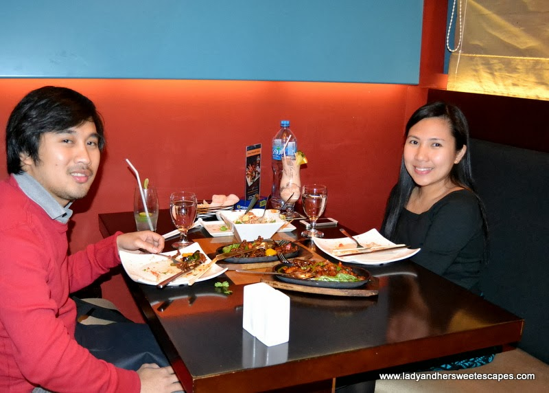 Lady and Ed at Sizzling Wok in Citymax Bur Dubai