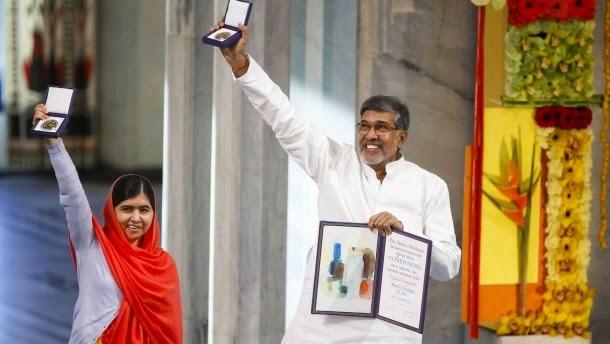 Η πακιστανική Μαλάλα Γιουσαφζάι και o ινδός Kailash Satyarthi έχουν πάρει στο Όσλο τα βραβεία Νόμπελ ειρήνης