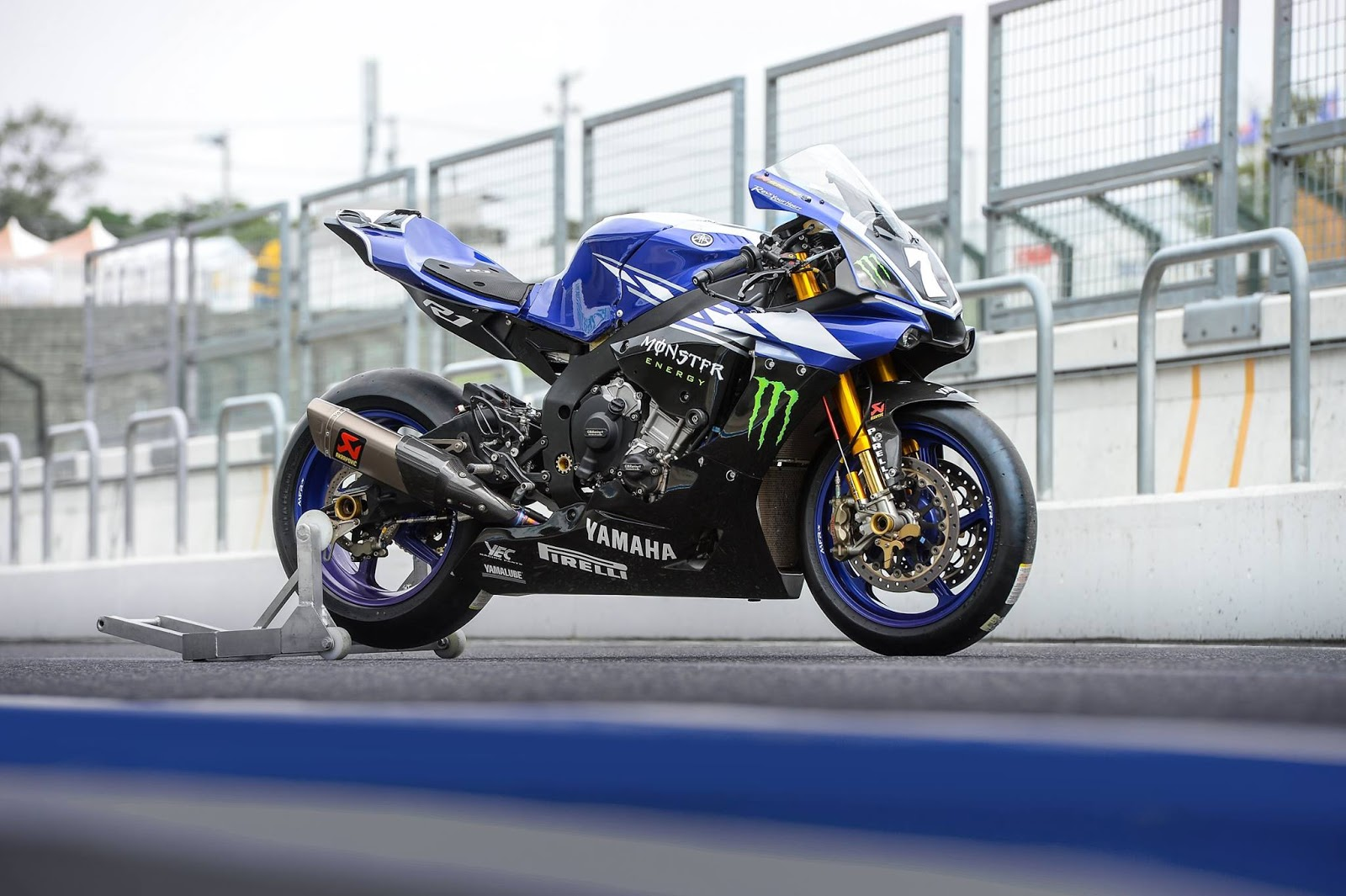 Racing caf yamaha austria racing team 8 hours suzuka 2015 for Yamaha racing team
