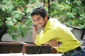 Hero Adi Handsome looking Photos Gallery-thumbnail-1