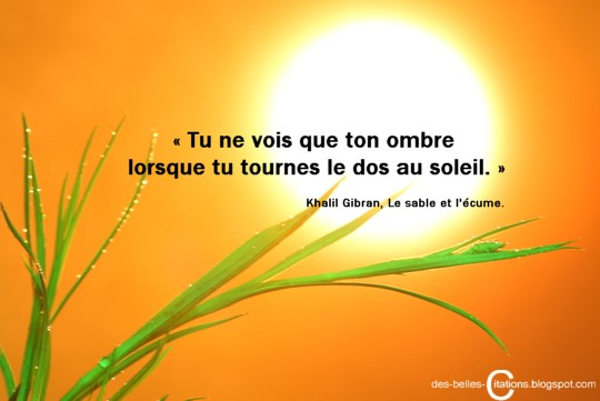 Citations lumi res et ombres for Regard dans le miroir que tu vois