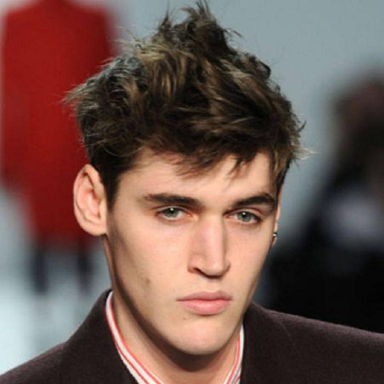 16 peinados de moda para hombres 2013 peinados cortes de - Peinados de moda para chicos ...