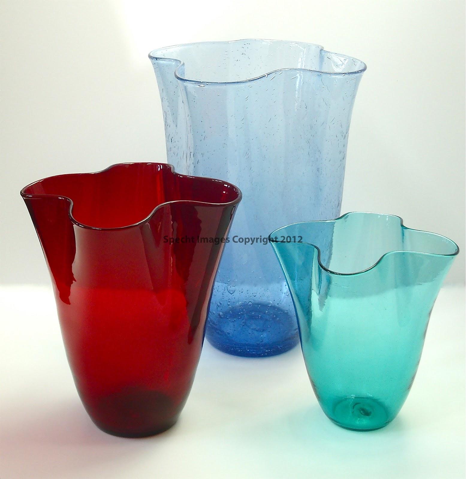 Heart of glass blenko glass pre designer 404 vases 365 days of blenko 404 m vase in ruby 11 blenko 404 l in sky blue seed glass 16 and blenko 404 s in sea green 9 reviewsmspy