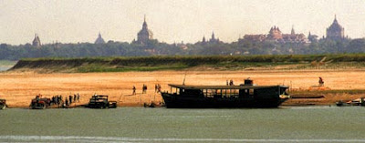 Two thousand pagodas & temples beside the Irrawaddy River