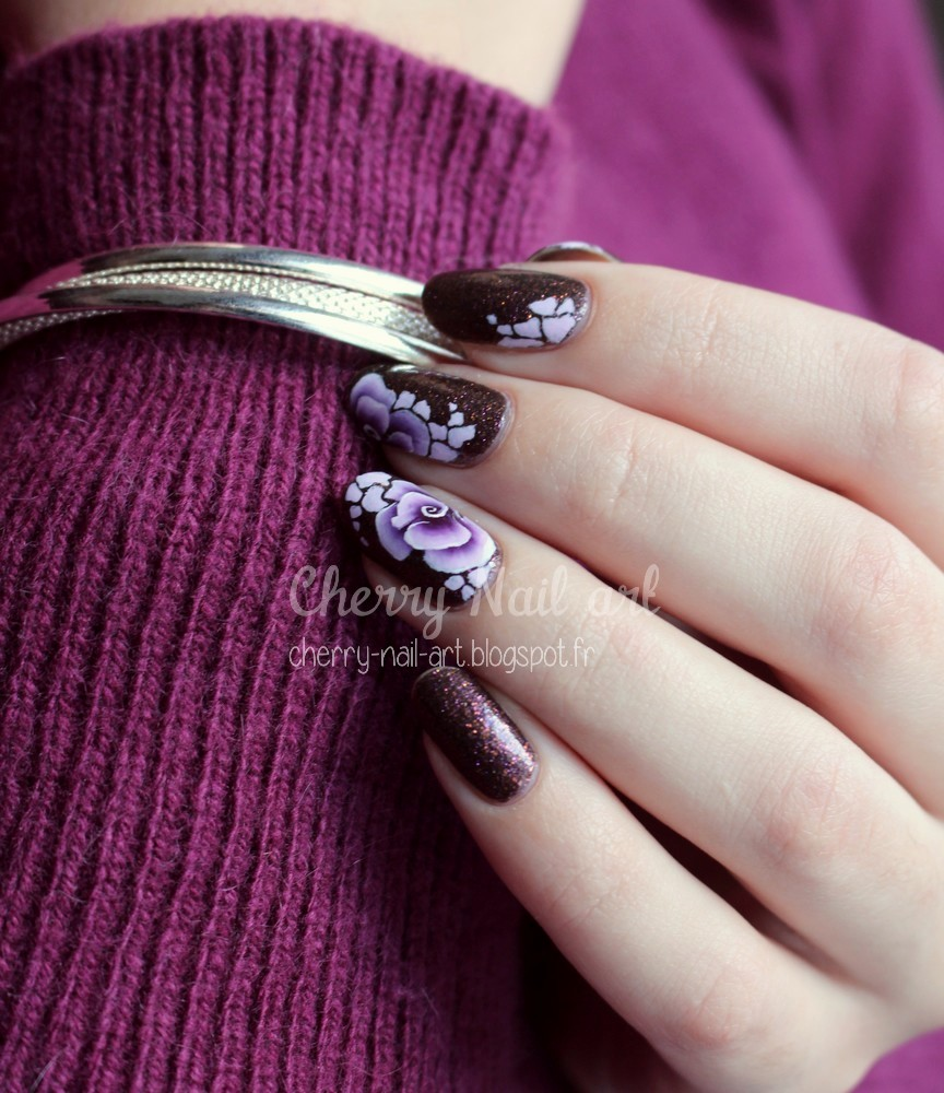 nail art fleurs one stroke et abstrait