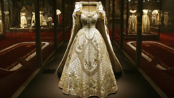 Queen Elizabeth II Coronation Gown, Robe at new Buckingham Palace  Exhibition