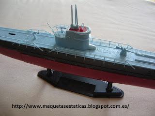 maqueta a miniatura de submarino de la II G.M. U-boat IXB